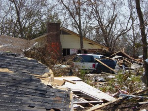 Katrina 12 – A home in Bay St Louis that was completely washed out, with the roof remaining on top of the foundation.